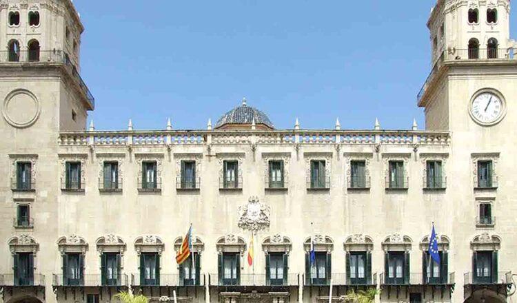 Cladirea Ayuntamiento