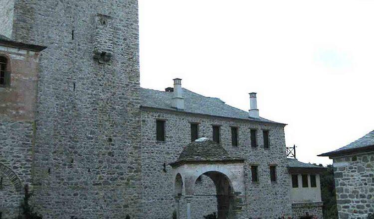 Manastirea Dafni