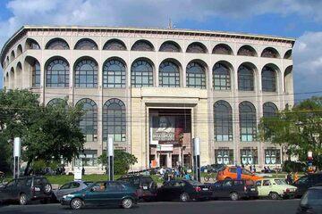 Bucuresti - Teatrul National