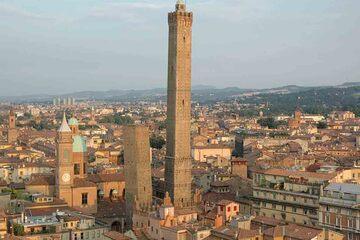 Bologna - Torre Garisenda