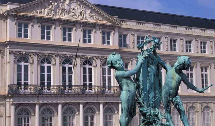 Muzeul Regal de Arta si Istorie