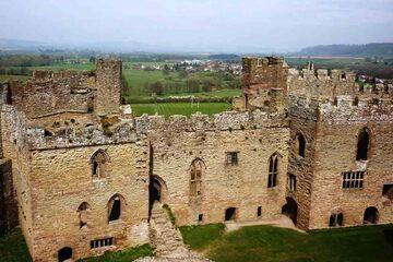 Ludlow - Zidurile Castelului Ludlow