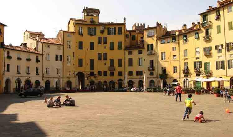 Obiective turistice Lucca din Italia