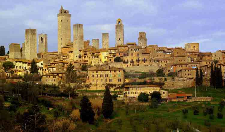 Obiective turistice San Gimignano din Italia
