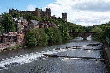 Durham - De-a lungul raului