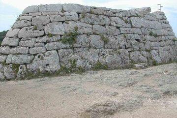 Menorca - Monumentele megalitice