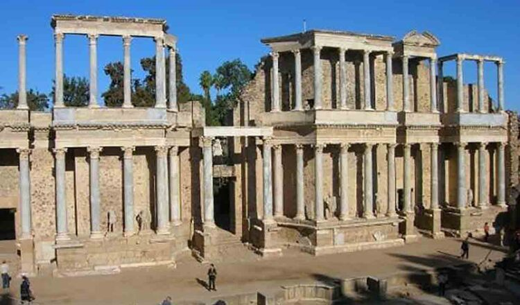 Teatro Romano y Anfiteatro