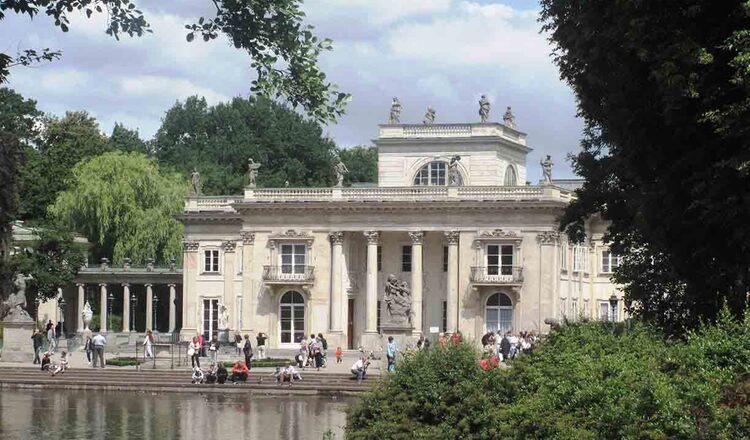Parcul Lazienki si Palatul