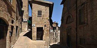 Cazare ieftina Urbino