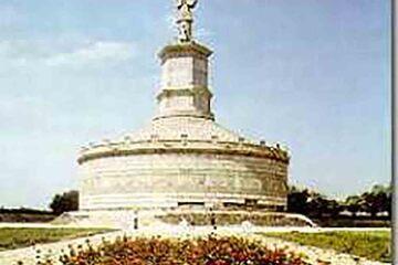 Adamclisi - Monumentul Tropaeum Traiani