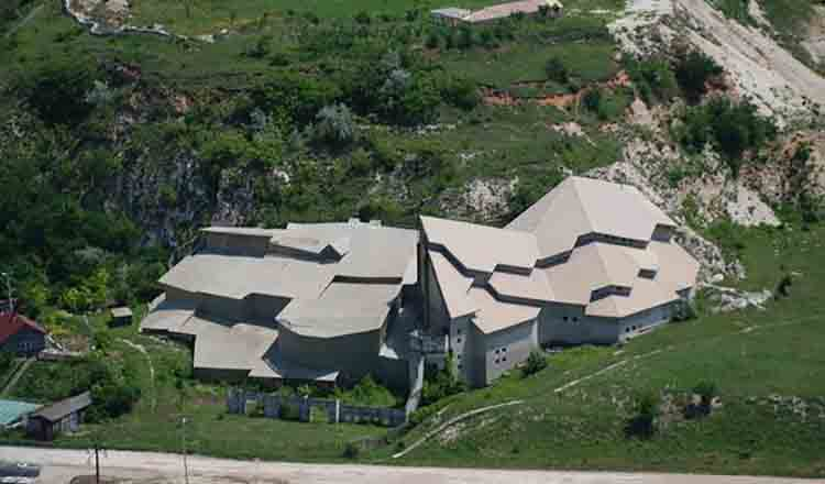 Complexul Monastic de la Basarabi