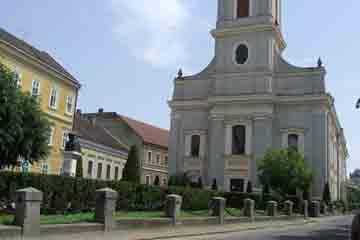 Satu Mare - Biserica reformata cu lanturi