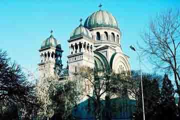 Satu Mare - Biserica Sf. Arhangheli Mihail si Gavril