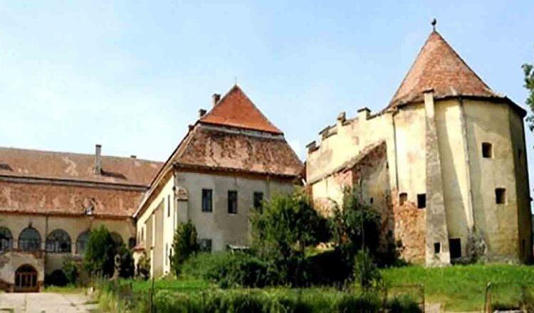 Castelul Apafi din Dumbraveni