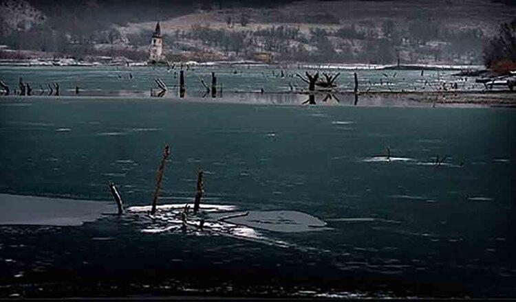 Satul scufundat Bezid