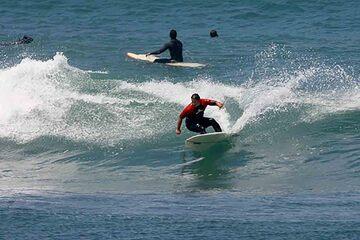 Peniche - Surfing in Peniche