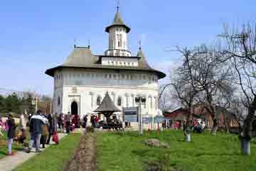 Suceava - Biserica Mirauti