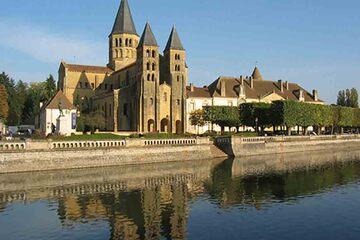 Cluny - Bazilica Paray le Monial