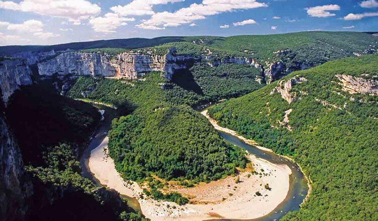 Obiective turistice Gorges de l Ardeche din Franta