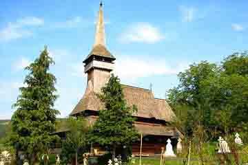 Sighetu Marmatiei - Biserica din lemn din Poienile Izei