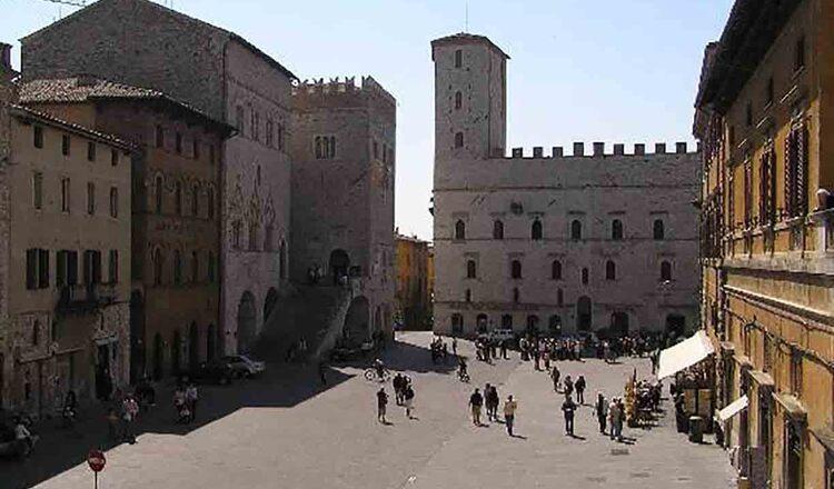 Obiective turistice Todi din Italia
