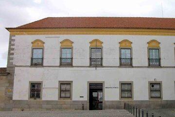 Evora - Biblioteca Publica