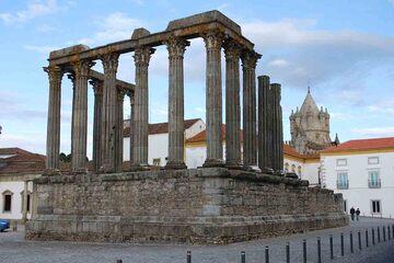 Evora - Templo Romano