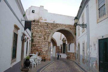 Faro - Arco de Repouso