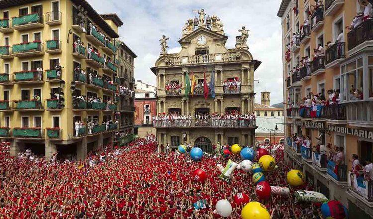 Festivalul Sanfermines din Pamplona