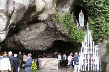 Lourdes - Grotte de Massabielle