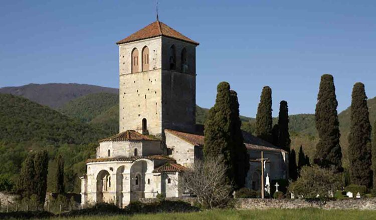 Basilique Saint-Just de Valcabrère