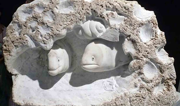 Sculptura in Tinos