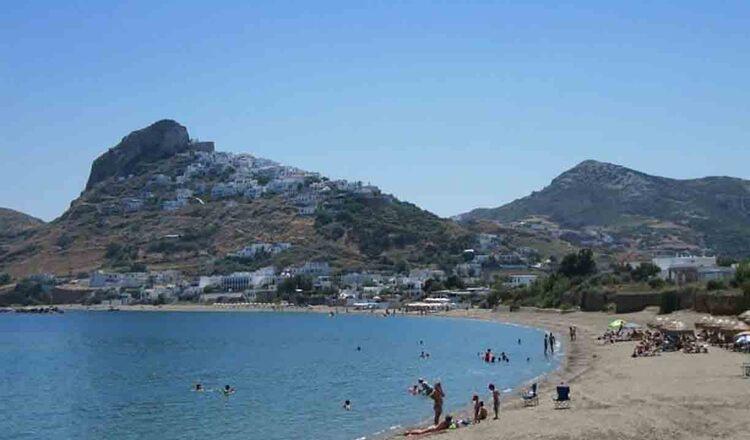 Plaja Molos