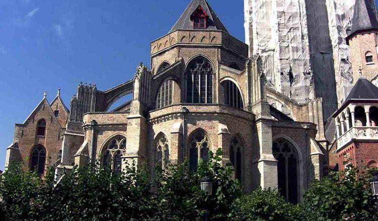 Biserica Fecioarei