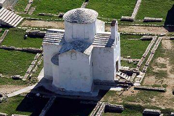 Nin - Biserica Sfintei Cruci