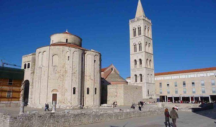 Biserica Sv Donat