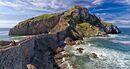 Insula Gaztelugatxe sau locul unde treptele te poarta deasupra marii