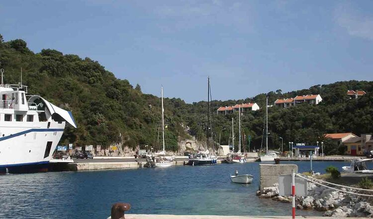 Portul Ubli