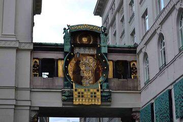 Viena - Ceasul Anker