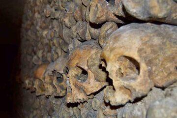 Paris - Catacombele din Paris