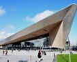 Centraal Station si Station Rotterdam Blaak