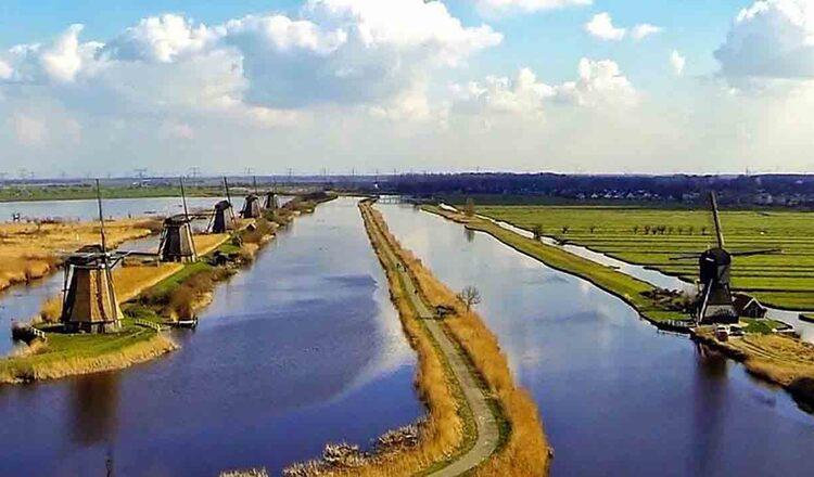 Kinderdijk (Digul copiilor)