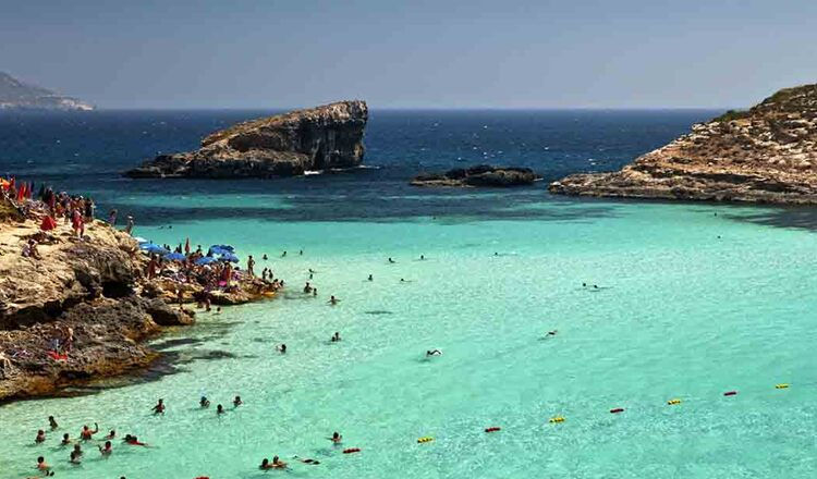 Obiective turistice Comino din Malta