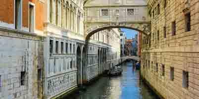 Cazare ieftina Venetia