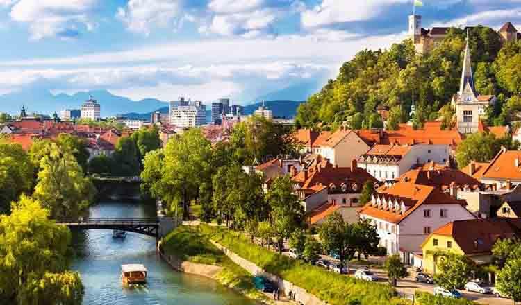10 destinatii europene in voga pentru primavara 2016