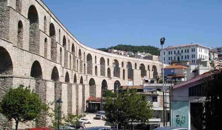 Apeductul din Kavala