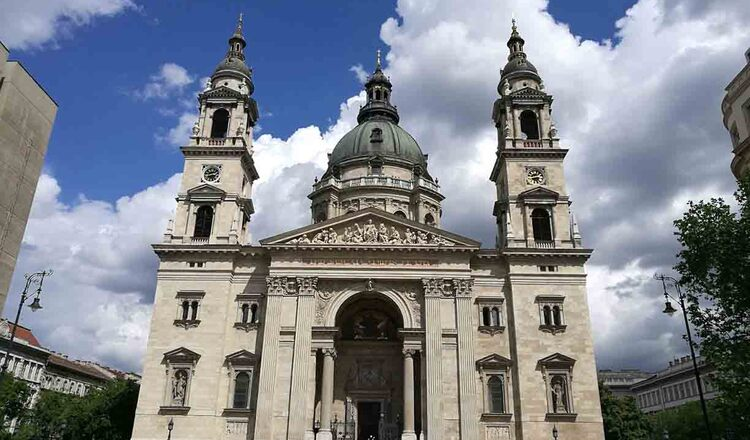 Bazilica Sf Stefan