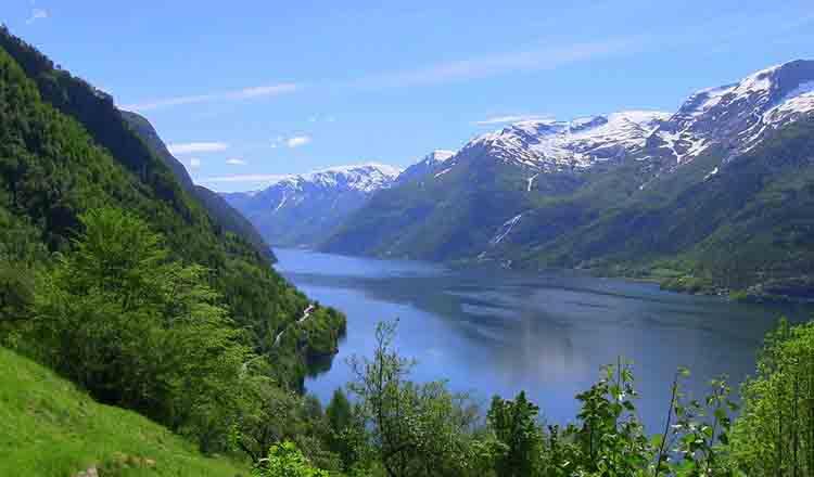 Obiective turistice Sorfjorden din Norvegia