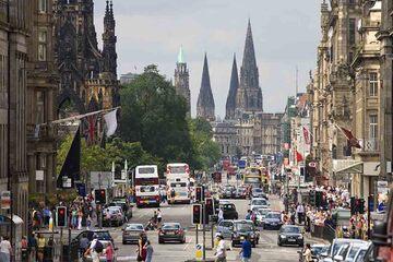 Edinburgh - Strada printeselor si gradinile