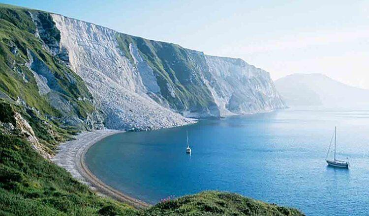 Oriunde te-ai afla in Anglia, esti la mai putin de 120 de km de mare